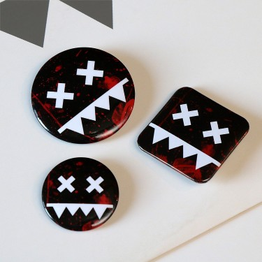 Eatbrain Pin Badges BLOOD